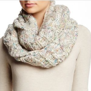 Michael Stars GRAY infinity scarf (new with tags)